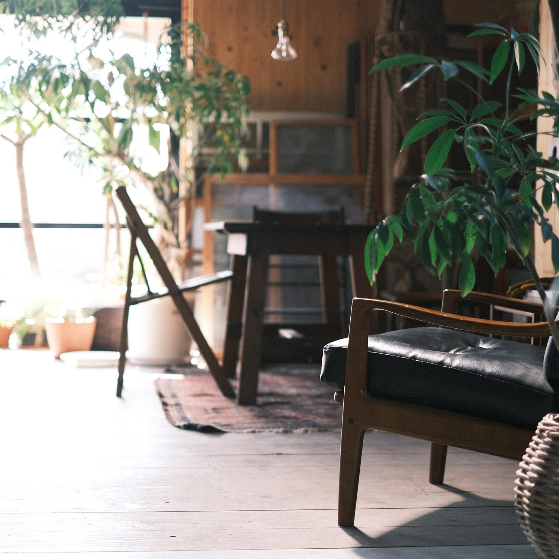 土間のソファ